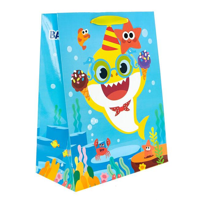 Medium Portrait Gift Bag - Baby Shark