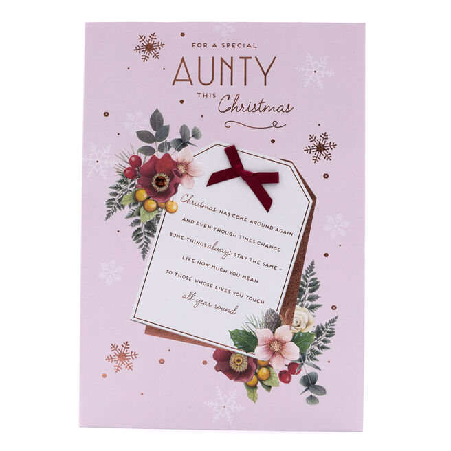 Christmas Card - Special Aunty, Tag With Flowers