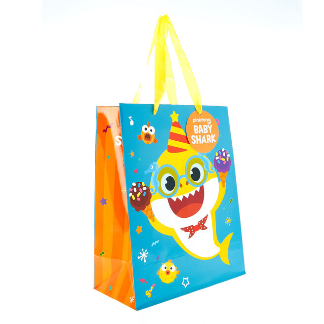 Medium Portrait Gift Bag - Baby Shark Birthday